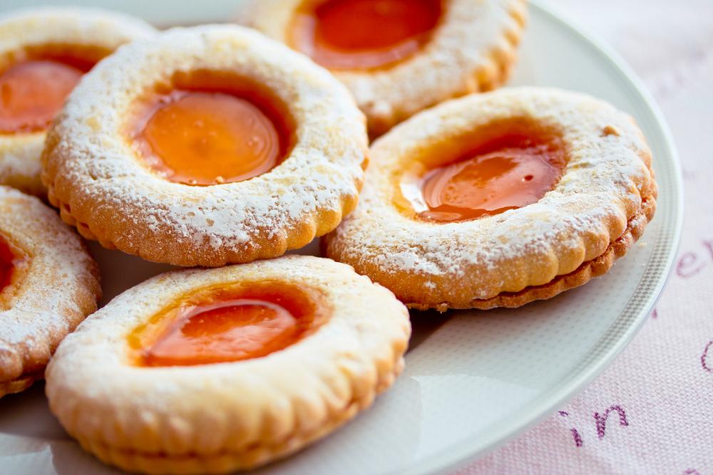 Sunny orange biscuits